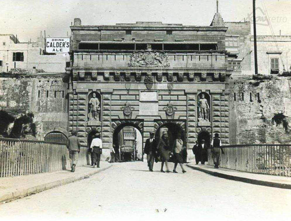 5. The majestic King's Gate entrance